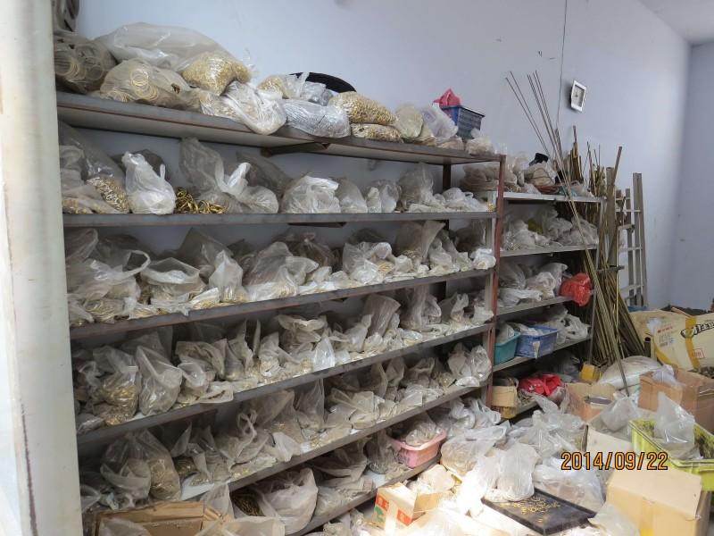 青岛福源工艺品主营各类铜配件,加工件,种类齐全