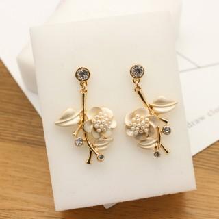 滴秞珍珠花朵水钻耳环耳钉个性简约流行时尚耳饰 J☆C欧美流行饰品